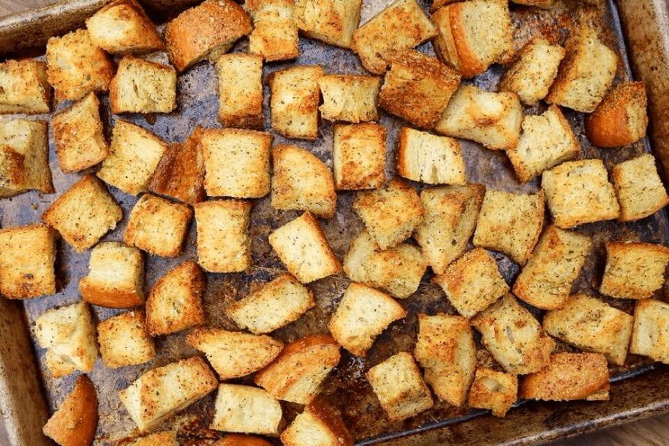 A close up look at the vegan croutons