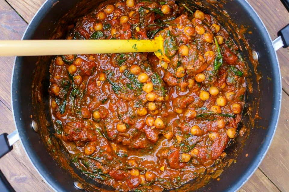 A full pot of vegan Moroccan tagine