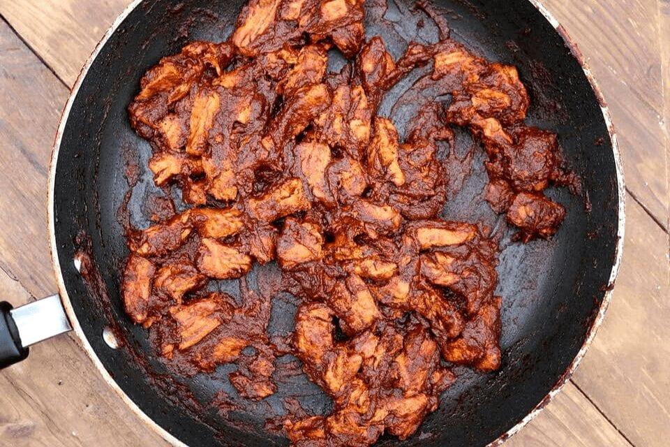 Vegan pepper sauce chicken