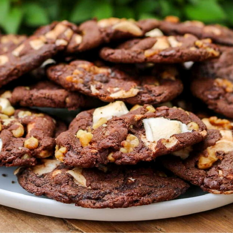 A plate full of vegan rocky road cookies!